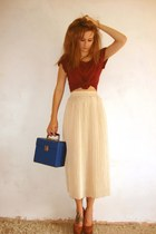 blue record box vintage bag - neutral midid length vintage skirt - brick red sue