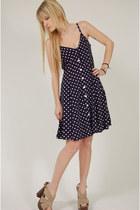 Polka-dot-lotus-vintage-dress