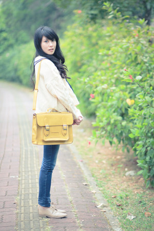 off white cropped top - navy jeans - light yellow bag - eggshell loafers