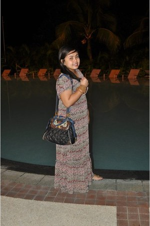Promod dress - Mango bag - Charles & Keith shoes - Cartier bracelet