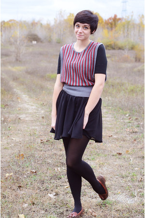 gray vintage sweater - black handmade skirt - dark brown leather Dexter flats