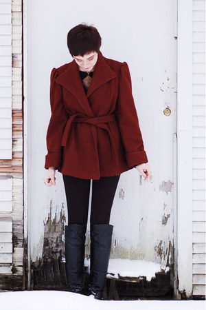 brick red vintage coat - black boots - black pants