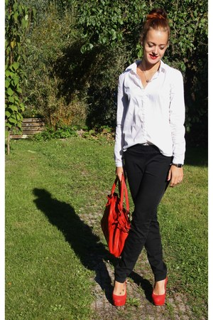 red H&M bag - black pants - red new look pumps - white Mango blouse