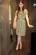 yellow dvf dress - beige DKNY shoes