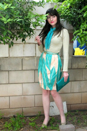 green Malene Birger skirt - gold ferragamo shoes - green thrift purse