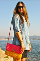 black sunglasses black sunglasses - hot pink bag pink bag