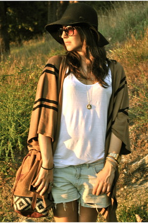 cape Camel cape - boots black boots - hat black hat - shirt white shirt