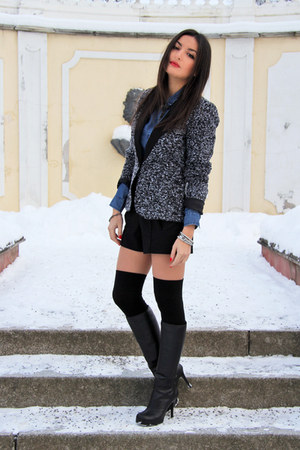 black Chalres&amp;Keith boots - gray Vila blazer - blue denim lindex shirt