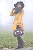 mustard wool PERSUNMALL coat - black leather Jeffrey Campbell boots
