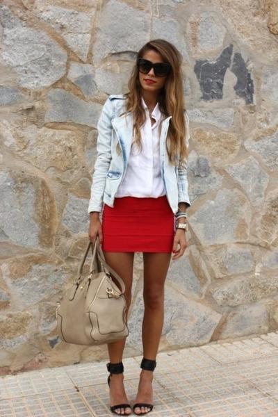 casual chic sunglasses - light denim jacket - simple shirt - chic bag