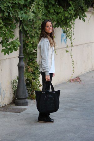 nude Adidas jacket - black Marc by Marc Jacobs bag