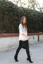 bubble gum Stradivarius sweatshirt - black Mango boots - black Zara pants