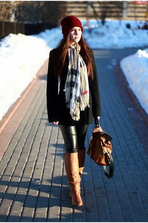 Zara hat - Naf Naf coat - Oasis bag - Zara bag