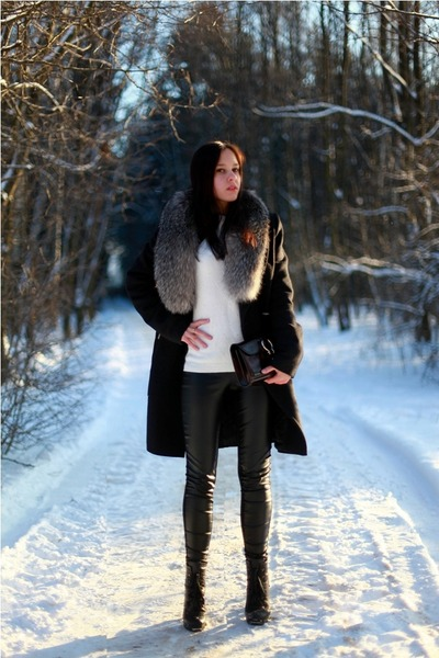 Zara sweater - Massimo Dutti bag - Zara pants