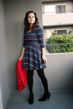 boots - dress - opaque tights
