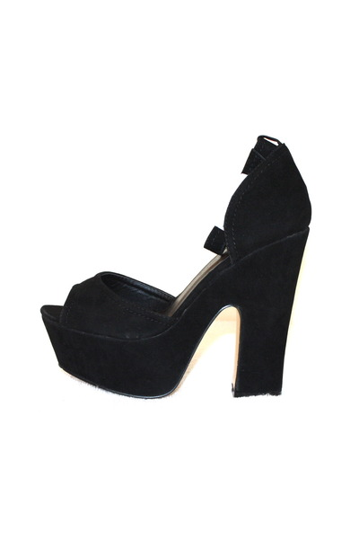 Shoedazzle heels