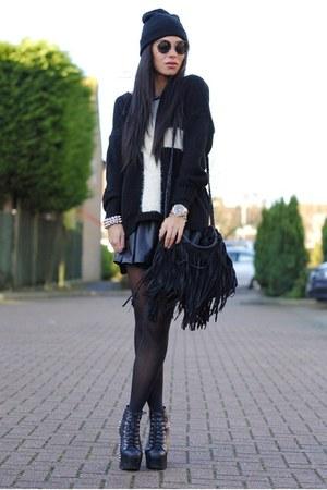black AX Paris jumper