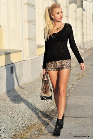 black Cubus sweater - brown fleqpl bag - tan Stradivarius shorts