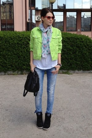 denim benetton jacket - Motivi jeans - bench bag - Orsay sunglasses