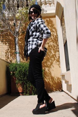 black Forever 21 jeans - black Madden Girl shoes - black Forever 21 blouse