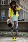 Feathers-print-bam-bam-leggings-neon-yellow-zara-blazer