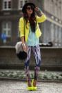 Feathers-print-bam-bam-leggings-neon-yellow-zara-blazer