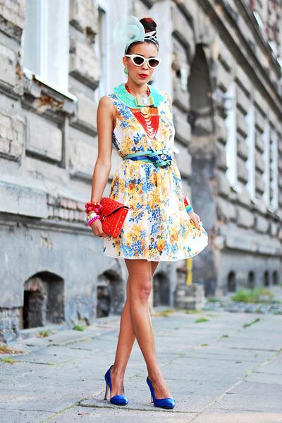 floral prints London Look dress - red Medusa bag