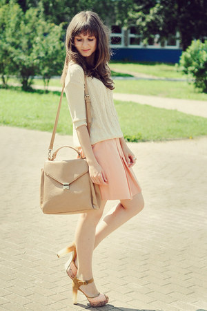 beige etorebka bag - ivory reserved sweater - light pink reserved skirt