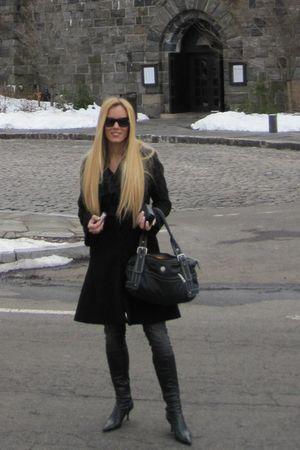 Diba boots - Guess jeans - Jessica Simpson coat - Darren purse