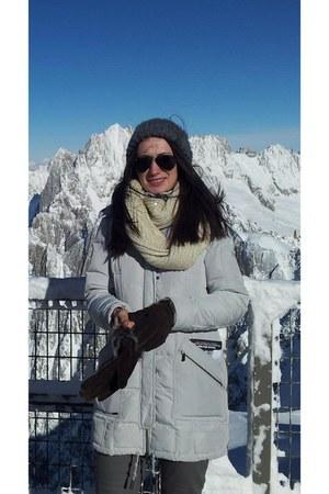 grey H&M hat - grey Zara jacket - meli melo scarf - grey Zara pants