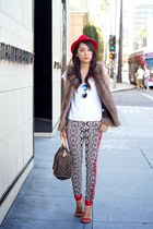 ruby red felt fedora H&M hat - black Forever 21 jeans