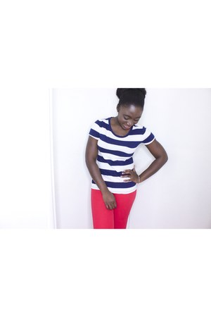 red H & M pants - navy Forever 21 t-shirt