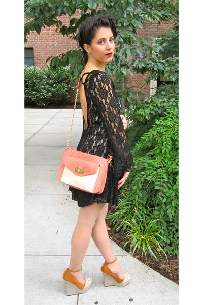 black thrifted dress - tawny leather purse FlirtNation bag