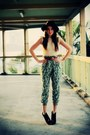 Black-fedora-vintage-hat-teal-peacock-print-in-out-hk-pants-ivory-stretchy-w