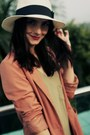Salmon-h-m-blazer-olive-green-maxi-h-m-dress-ivory-market-hat