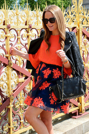 black Valentino bag - black Celine sunglasses - black - navy Chanel flats