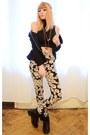Black-top-flower-print-pants