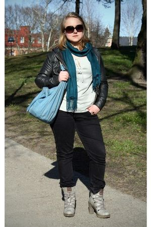 black Divided jacket - black Lee jeans - gray xx by MEXX blouse - blue Mango pur