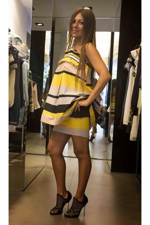 yellow Mangano dress