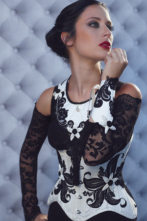 white Victorian Woman by Manuela Biocca necklace - black lip service dress