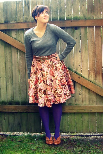 pink floral print Walmart skirt - heather gray Target sweater