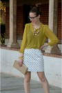 Mustard-11-eurkea-blouse-beige-clutch-banana-republic-bag