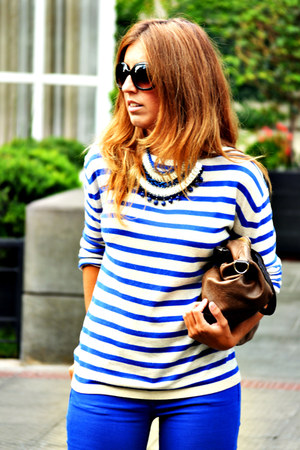 blue H&M jeans - blue H&M sweater - brown Misako bag - blue pivadiva necklace
