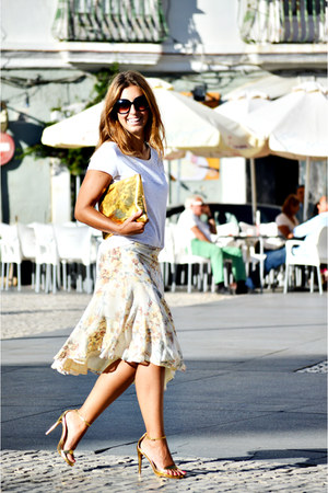 gold Zara heels - cream Mango skirt - white H&M t-shirt
