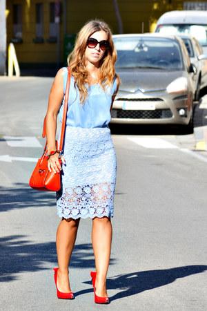 red Parfois bag - red dressale heels - light blue skirt
