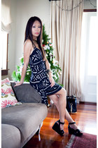 navy Dotti dress - black bag