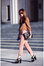 Bronze-country-road-shirt-black-topshop-heels