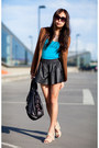 Black-leather-boxer-shorts-turquoise-blue-zara-t-shirt