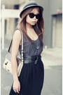 Eggshell-beatnik-hip-mimco-bag-black-layla-topshop-heels