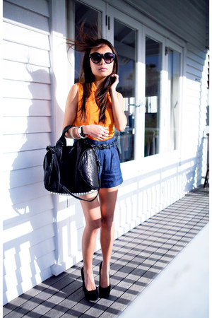 black rocco Alexander Wang bag - orange Dotti shirt